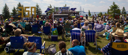 Around 400 people rallied on July 14 to raise awareness about an aging oil pipeline that runs under the Mackinac Straits. (Photo: J. Carl Ganter, Circle of Blue)
