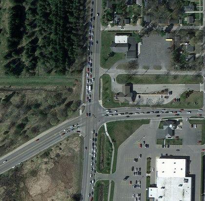 Google maps reveal traffic inefficiencies